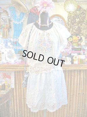 画像1: ★★★SALE★★★ 裾レース刺繍 シンプル コットン スカート (ホワイト)