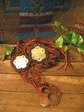 フラワーシェル  編み編み 飾りベルト (ブラウン)