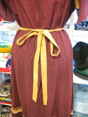 画像4: ★★★SALE★★★ 70's Vintage お花刺繍 ヒラヒラ チュニックワンピ(ブラウン)