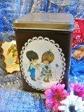 ★★20%OFF★★   Vintage   「miss petticoat」 蓋付き アンティーク缶 (ブラウン)