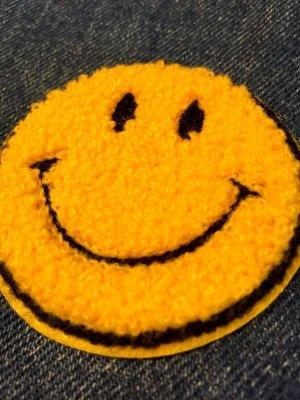 画像2: もこもこ スマイル刺繍ワッペン  SMALL (イエロー)