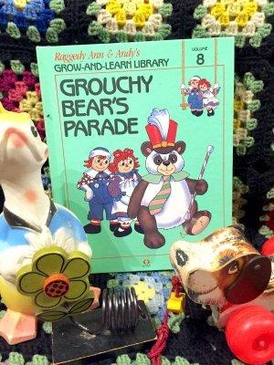 """画像1: 80's「Raggedy Ann&Andy's」  """"GROUCHY BEAR'S PARADE""""  洋書コミック"""